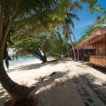 Murex-Bangka-Bungalows-at-beach
